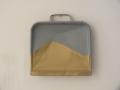 Low Resolution Golden Dustpan 02